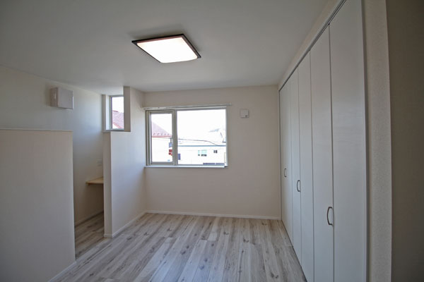コンパクトハウスのオウチ 2階寝室